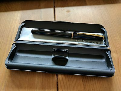 Parker Black Barrel Classic Fountain Pen Genuine Uk Piston Refill Med Gold Nib
