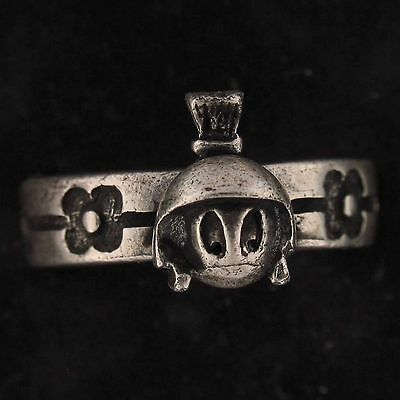 RING Marvin The Martian WARNER BROS LOONEY TUNES Pewter FLOWERS WB STORE 5714 A