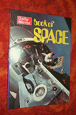 Vgc 1970 The Daily Mirror Book Of Space Annual Book Not Written /  Price Clipped