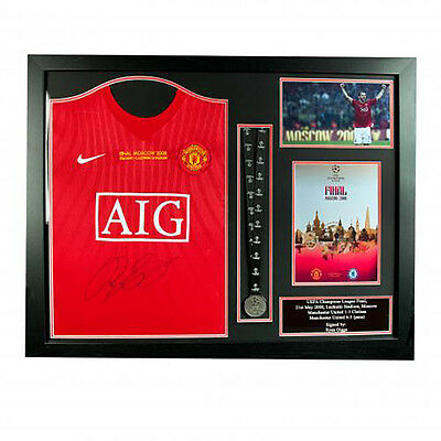 Manchester United F.C - Framed Signed Shirt & Medal (RYAN GIGGS)