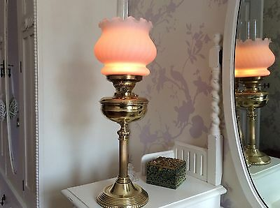 A Truly Lovely Vintage Duplex Brass Oil Lamp All Complete And Fully Working Too