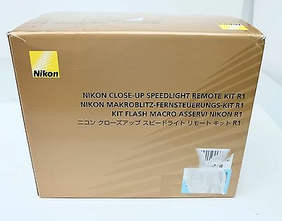 Nikon R1 Wireless Close-Up Speedlight Remote Kit SB-R200 With Case Free Ship