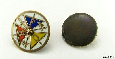 KNIGHTS OF PYTHIAS - 10k Gold fraternal FCB Crest Pin