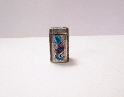 Antique Small Chinese Export Silver Enamel Filigree Repousse Snuff or Opium Box