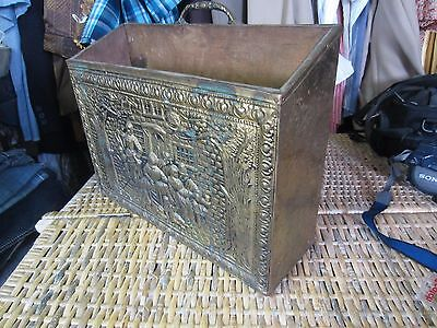ANTIQUE embossed hammered BRASS PATINA fire wood BOX hearth coal kindling vtg
