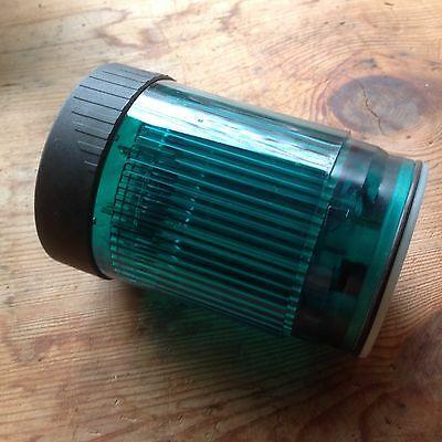 One New Telemecanique Green Steady Light XVP C33