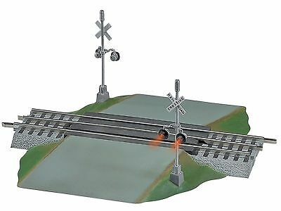 Lionel O, FasTrack Grade Crossing With Flashers, Item #6-12052, C10, FLE