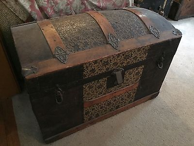 Antique Steamer Trunk Chest