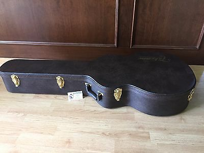 Takamine Gc1124T Hard Shell Jumbo Acoustic Guitar Case
