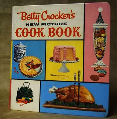 Vintage Betty Crocker's New Picture Cookbook 1961 Hardcover First Edition +Extra