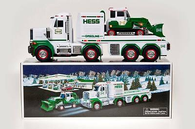 2013 Hess Toy Truck and Tractor ~ Mint in the Box!