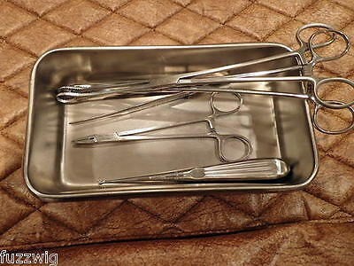 Surgical Dissecting Instruments and Stainless Tray with lid 7 pieces