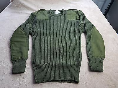 """1970s """"The Woolly Pully"""" pure wool green army """"Commando"""" jumper, 36"""" chest"""