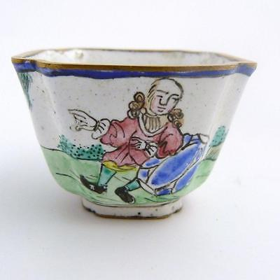 18th CENTURY CHINESE CANTON ENAMEL WINE CUP WITH EUROPEAN SCENE