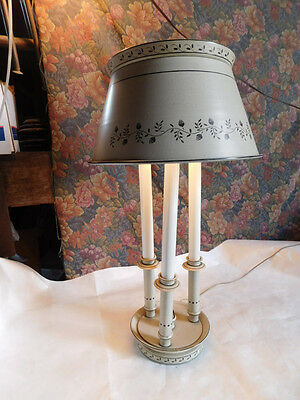 vintage Hollywood Regency tole tin french country table lamp chic 60s 70s light