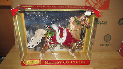 Breyer Holiday On Parade Christmas Horse in box #2