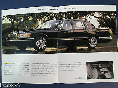 1994 Lincoln Mark VIII/Continental/Town Car Sales Brochure D6526