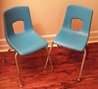 2 Set Vintage Mid Century Retro Blue Polyethylene Artco Bell Chair Student Child