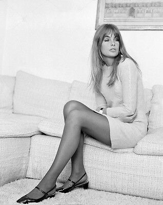 "Jean Shrimpton 10"" x 8"" Photograph no 10"