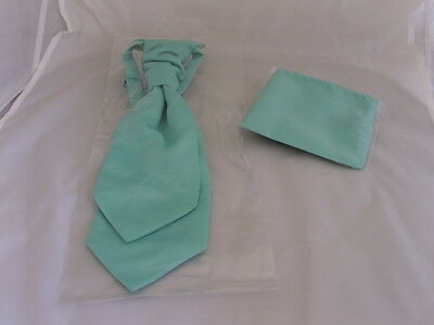 Matt Mint Green Polyester BOYS Scrunchie Ruche Tie-Cravat and Hanky Set>Page Boy
