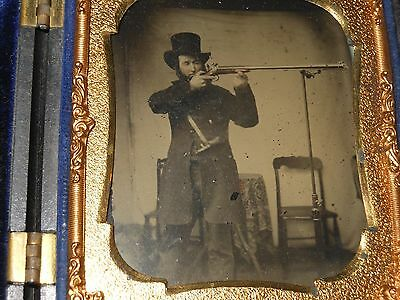 Sharpshooter with Long Arm Rifle 1/6 Plate Ambrotype - VR # 3-583 Berg Case