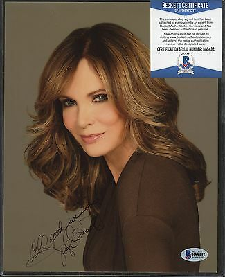 Jaclyn Smith ( Brown ) Signed 8x10 Photo Beckett BAS COA AUTO Autograph