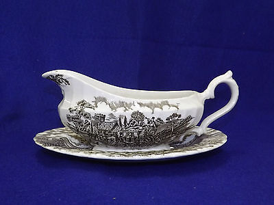 Myott Royal Mail Gravy Boat with Liner Plate