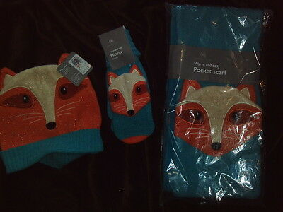 Set Of Fleeced Scarf With Pockets Mittens And Hat Fox Design £55