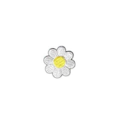 1 Daisy Black Petals White Center Flower Patch Embroidered Iron On