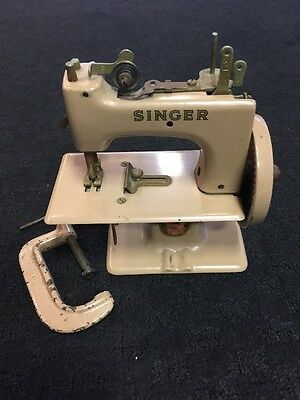 Rare Antique Singer Sewhandy 1920 Hammertone~ Toy Hand Crank Sewing