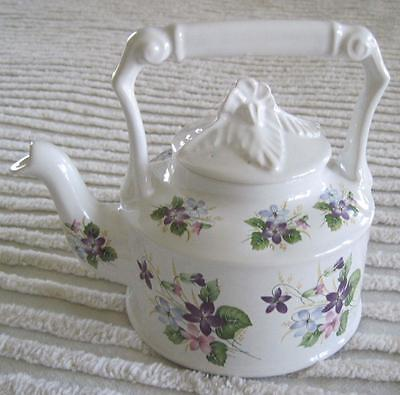 Arthur Wood Violets Two Cup Teapot Floral Finial Made in England