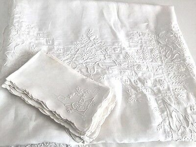 Gorgeous Antique Madeira Heavily Embroidered Linen Tablecloth + 11 Napkins Vtg