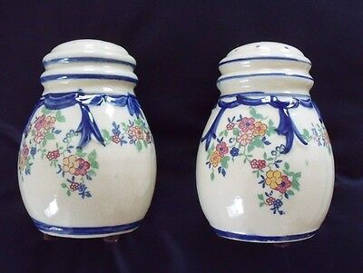 Vintage 1940s/50s Hand Painted Salt,Pepper Shakers