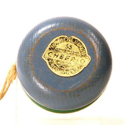 Vintage two color Cheerio 55 beginner wood Yo-Yo