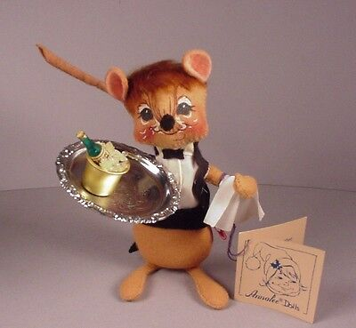 Vintage Annalee Waiter Cloth Doll Mouse 1991 w/ wine champagne bucket & tags