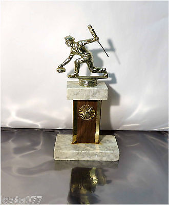 "Vintage, Trophy - Curling - 10"" Gold coloured cast iron, Marble Pedestal"