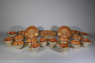 SET 8 EARLY WORCESTER OR COALPORT TRIOS c. 1820