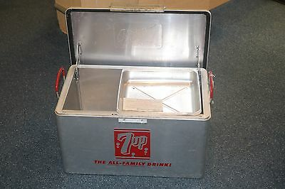 """Vintage Metal Aluminum Cromstrom 7UP """" The All-Family Drink"""" Cooler * LOOK*"""