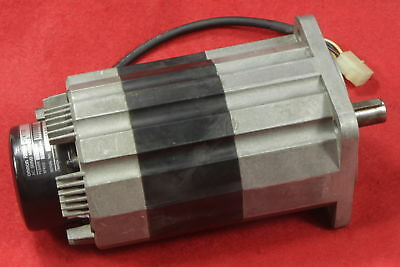 1PC Used Omron Servo Motor R88M-H1K130-B 1100W Tested