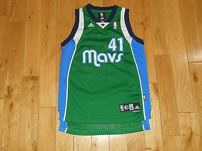 884f1524cb9 adidas DIRK NOWITZKI Green DALLAS MAVERICKS MAVS Youth NBA Team Sewn JERSEY  Med