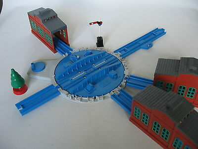 Tidmouth Turntable and Sheds Trackmaster Train Track Set ( Tomy Thomas Tomica )