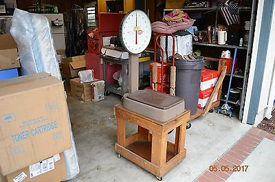 Shipping Scale, Industrial/Commercial Quality, 100 lbs x 2 oz, on rolling stand