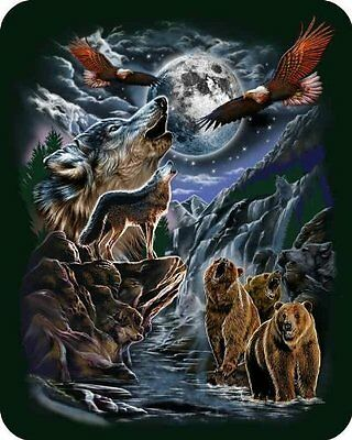 Hidden Wolves Wolf Sherpa Blanket Throw Very Thick Very Soft NEW 50 x 60 inches