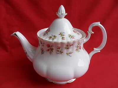 Royal Albert, WINSOME, Large Teapot