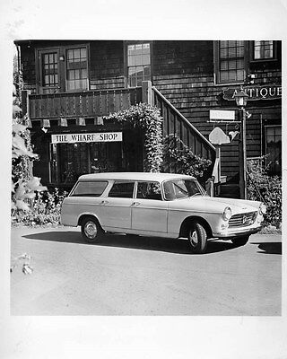 1967 Peugeot 404 Station Wagon Factory Photo ad7039