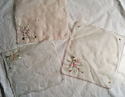 3 x VINTAGE 1950's PRINTED FLORAL LADIES HANDKERCHIEF HANKIES