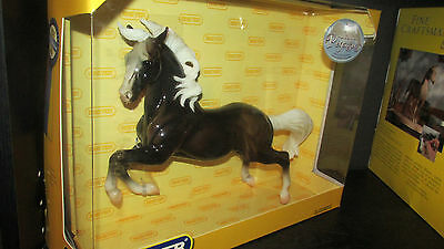 Breyer Treasure Hunt Glossy Charcoal Silver Horse in box. 500 made.