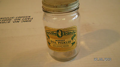 "Vintage DOODLE DANDY ""Midget Dill Pickles"" Glass Jar Great Kitchen Decor 8 OZ"
