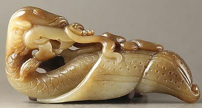 Chinese natural hetian jade hand-carved dragon statue 4 inch