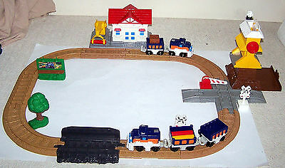 GeoTrax™ Rail & Road System Cross Valley Junction #C1857 Fisher-Price c.2004 Mat